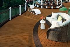 Curved Trex Deck with Pergola - Skylinelinedecks.com
